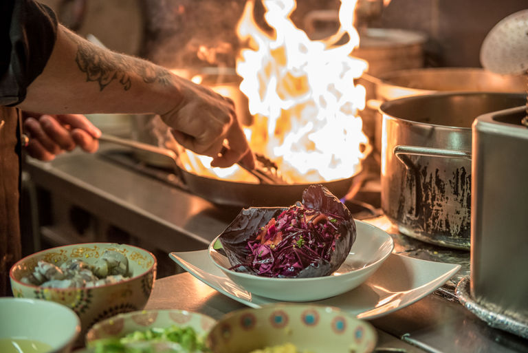 bar cocktail lyon mumbai cafe