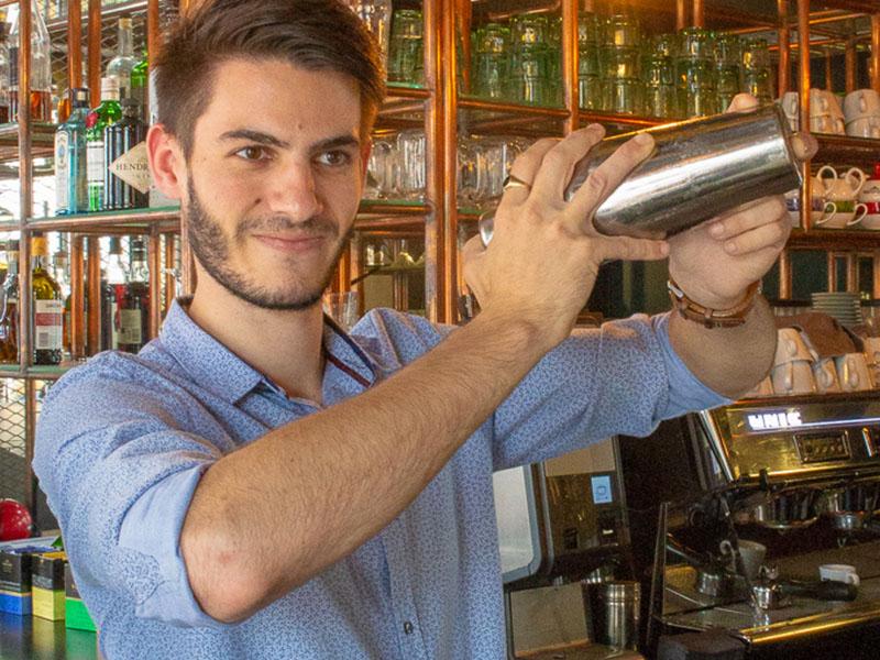 L'Octopus restaurant nantes bartender