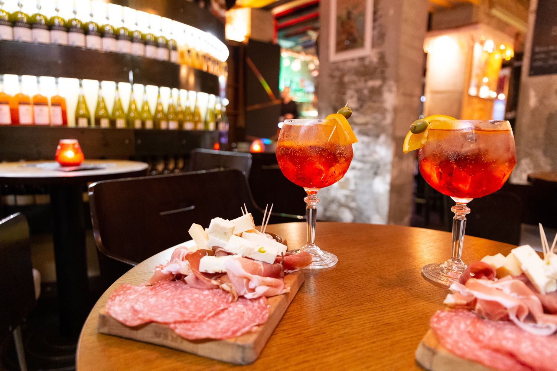aperitivo dolce vita nantes cocktails planche mixte