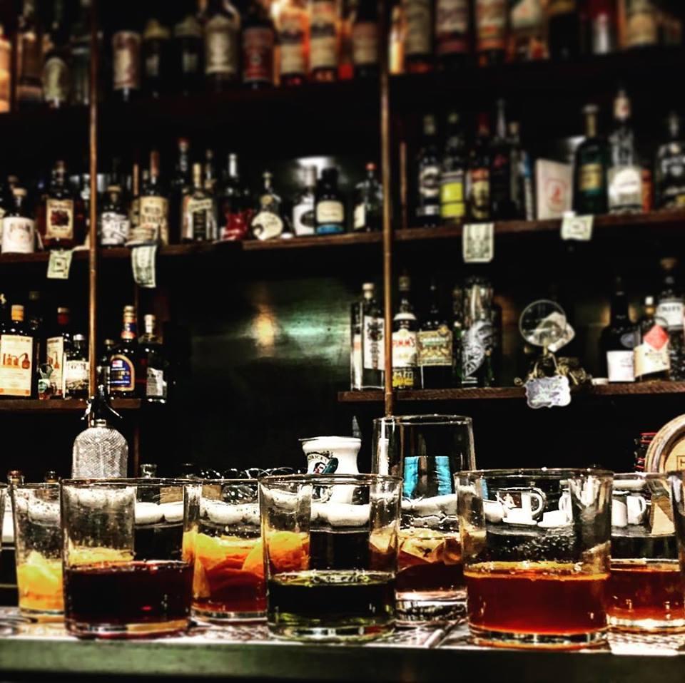 nice cocktail bar restaurant