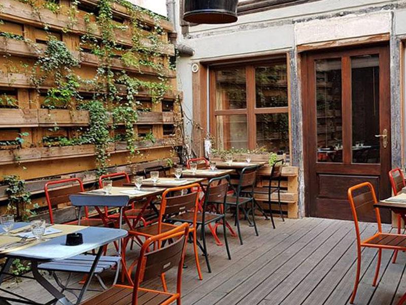 Le patio de l'Aedaen Place terrasse strasbourg