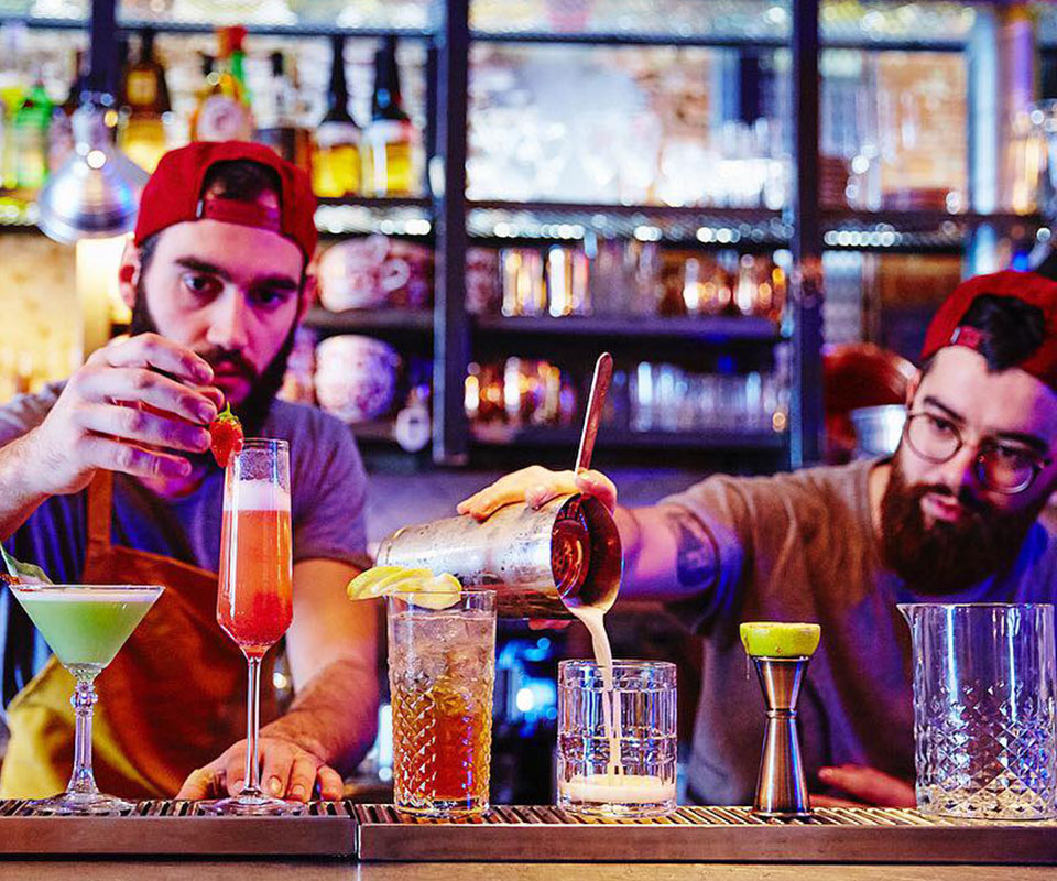 papa posto bartenders