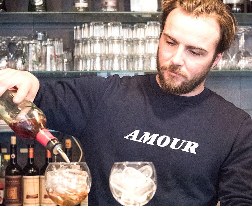 materrazza aperitivo lucky luciano bartender