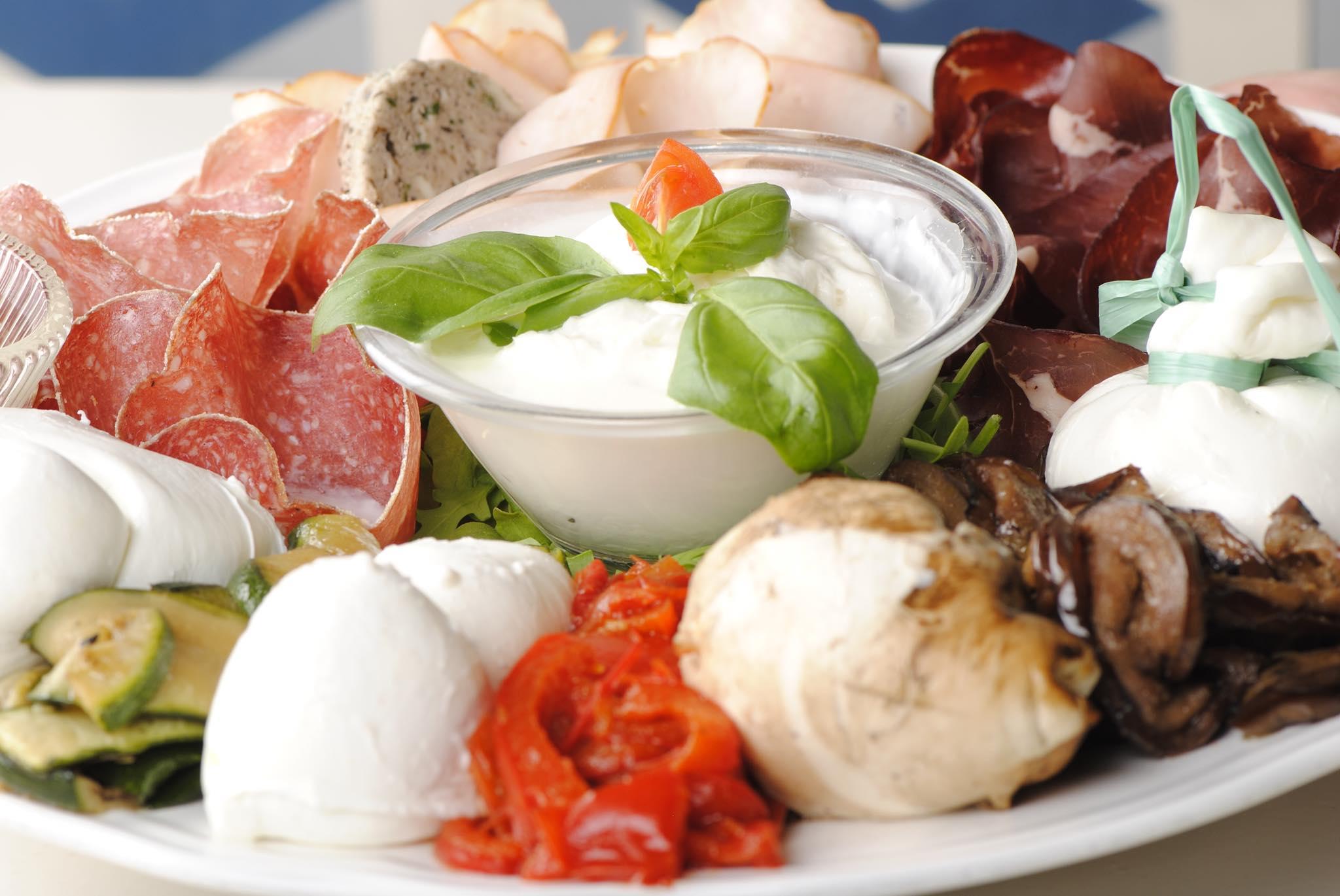 materrazza aperitivo burrata Mozzato