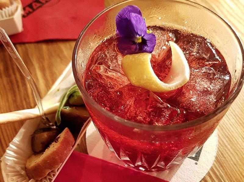 materrazza aperitivo l'antiquaire cocktails