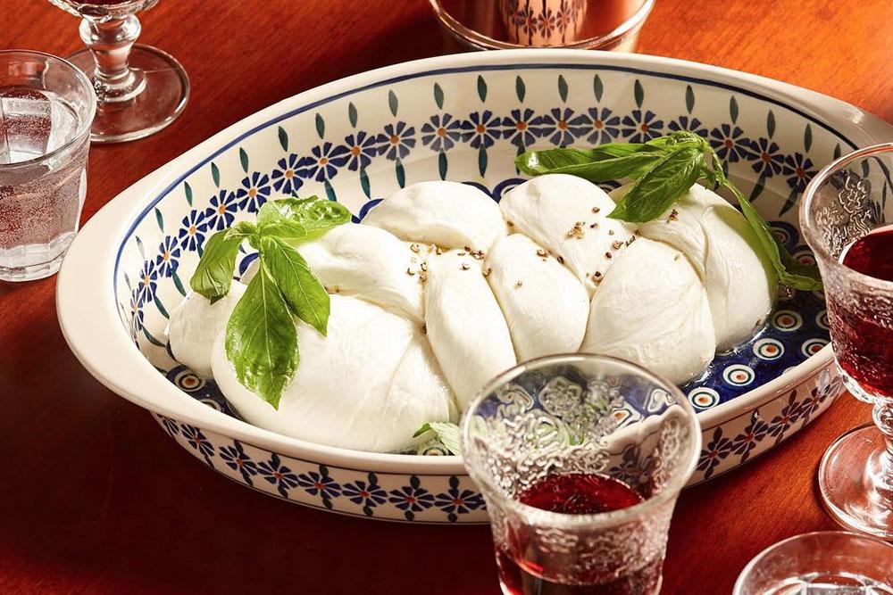 materrazza aperitivo little italy burrata