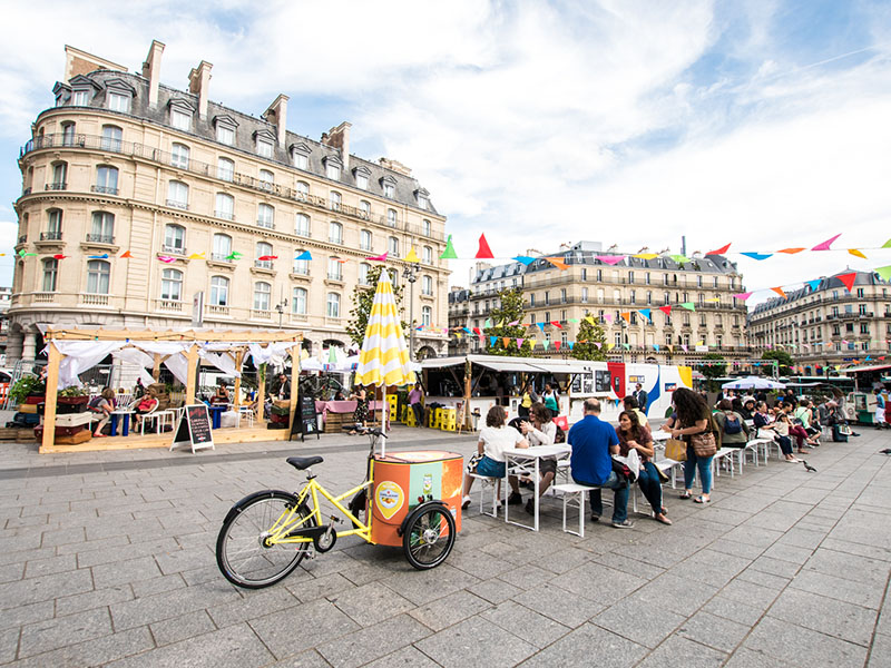 bella ciao paris gare saint lazare village